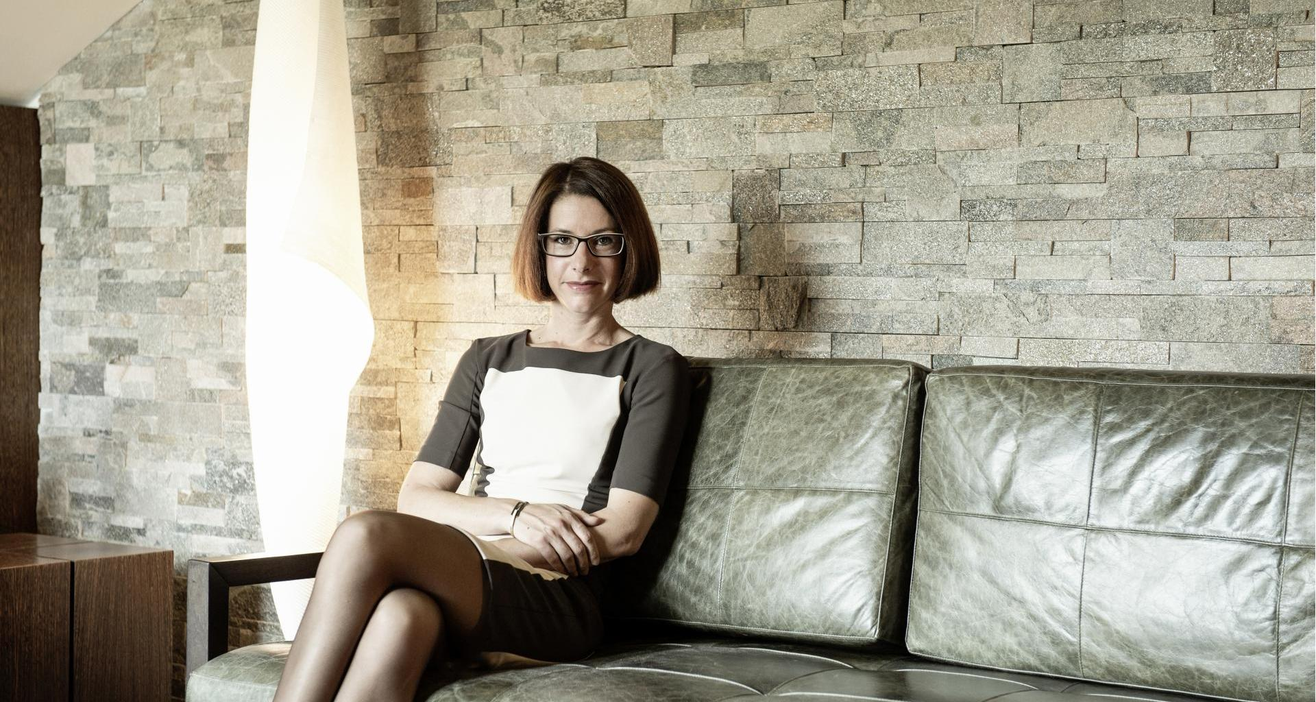 barbara-cigar-okay